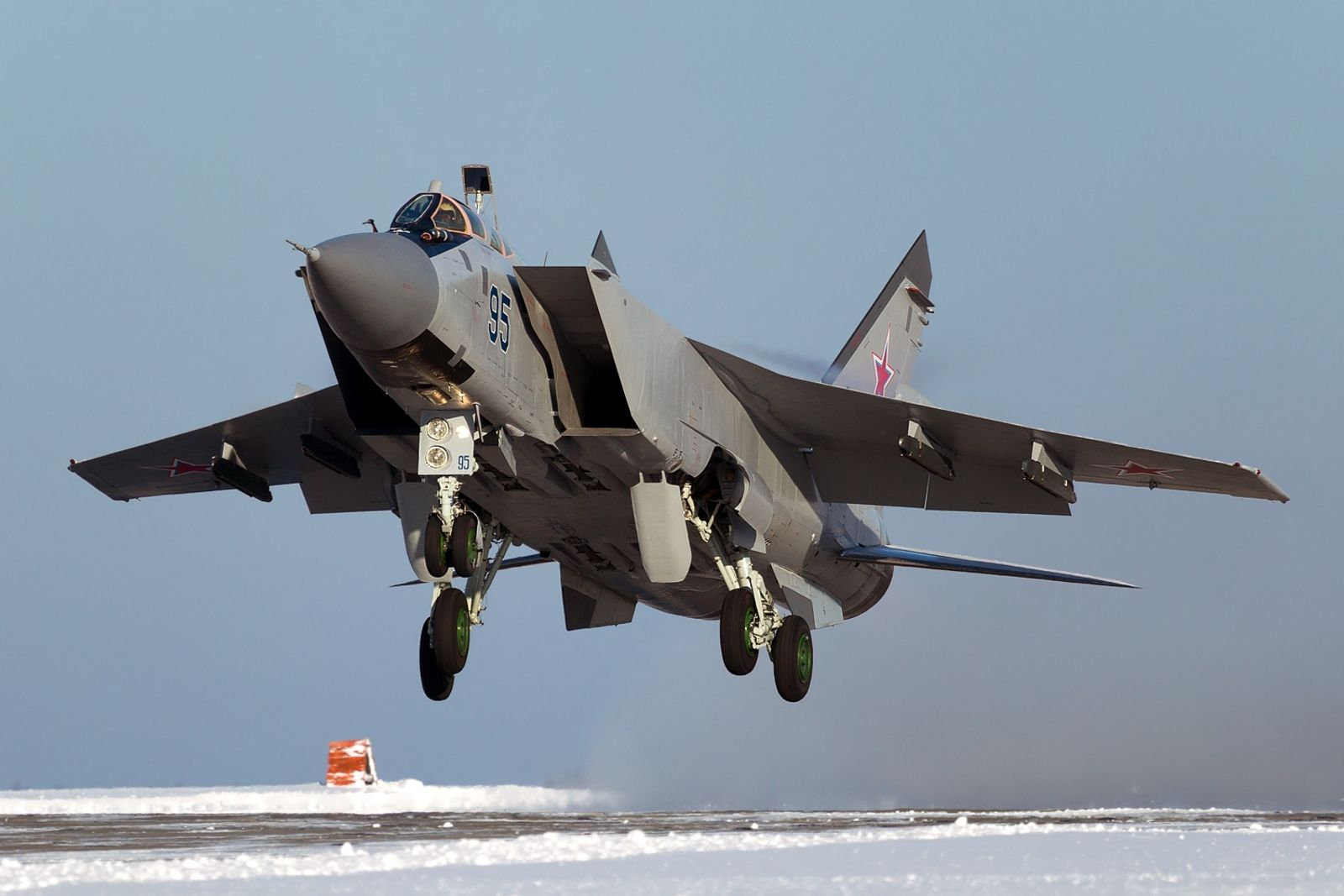 The Secret Is Out: How a Russian MiG-31 Shot Down Another MiG-31