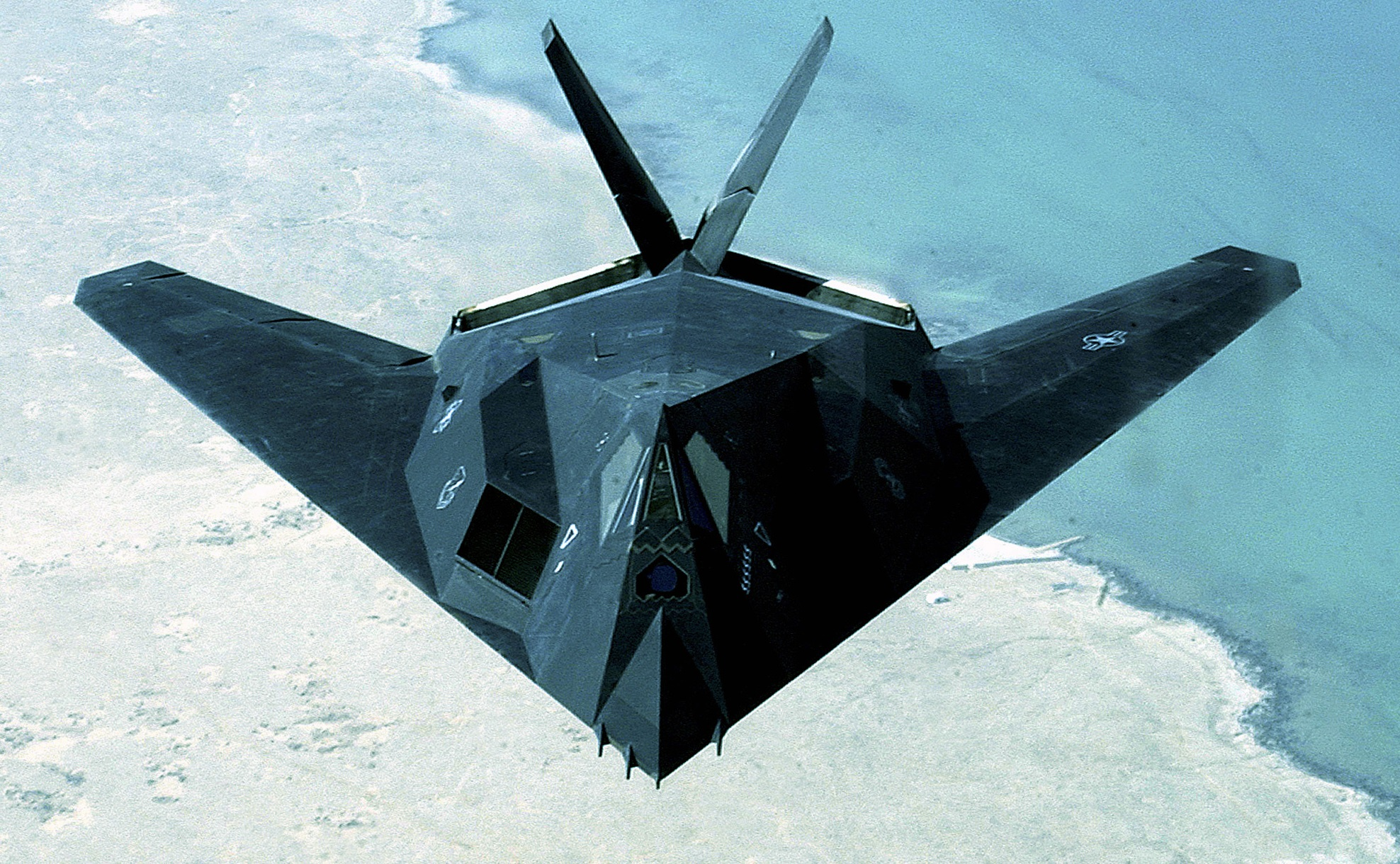 Stealth Fighter Down: In 1999, an F-117 Nighthawk Was Blown Out of the Sky