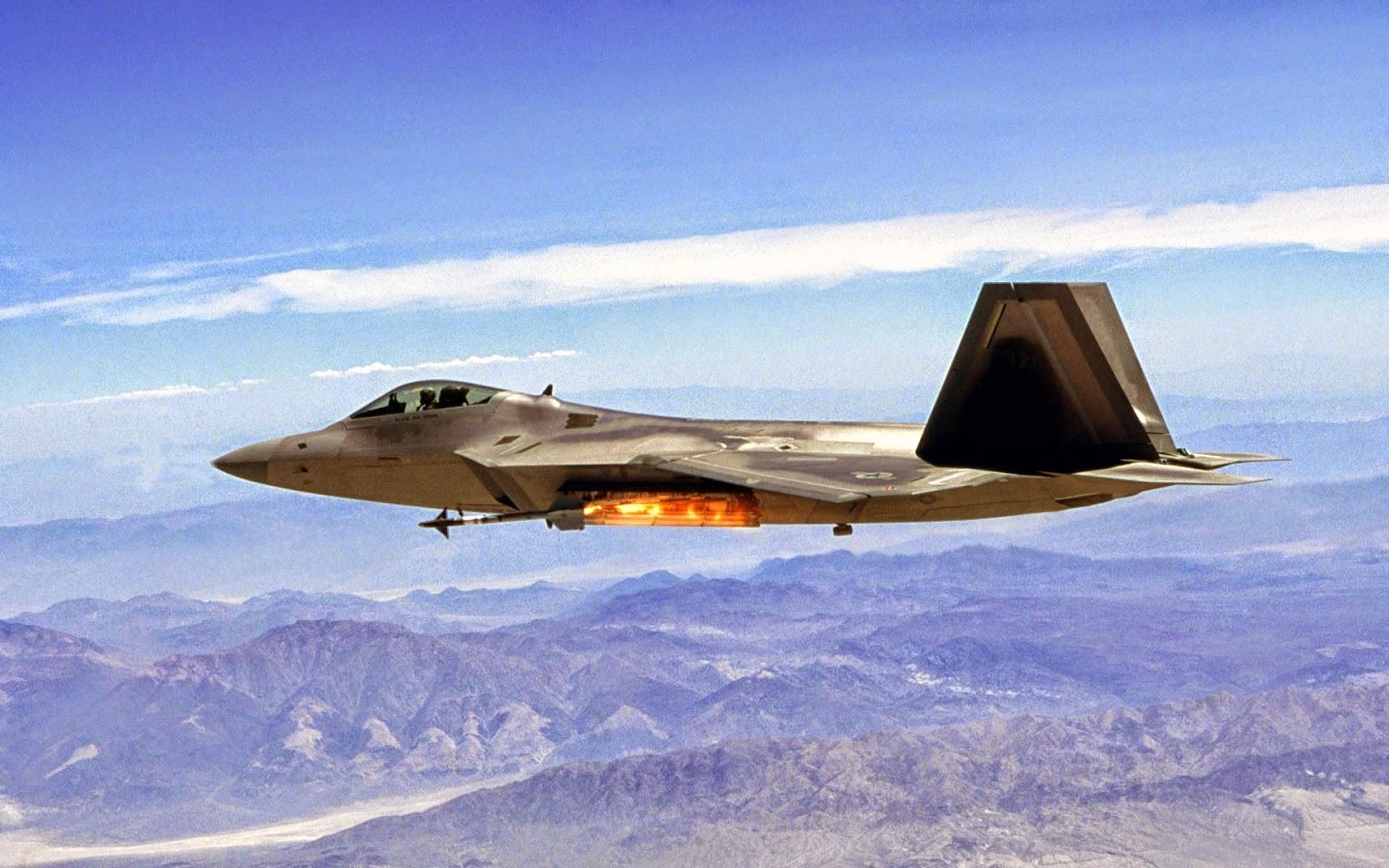 "French Fighter Pilot ""killed"" F-22 Raptor Stealth Fighter in Mock"