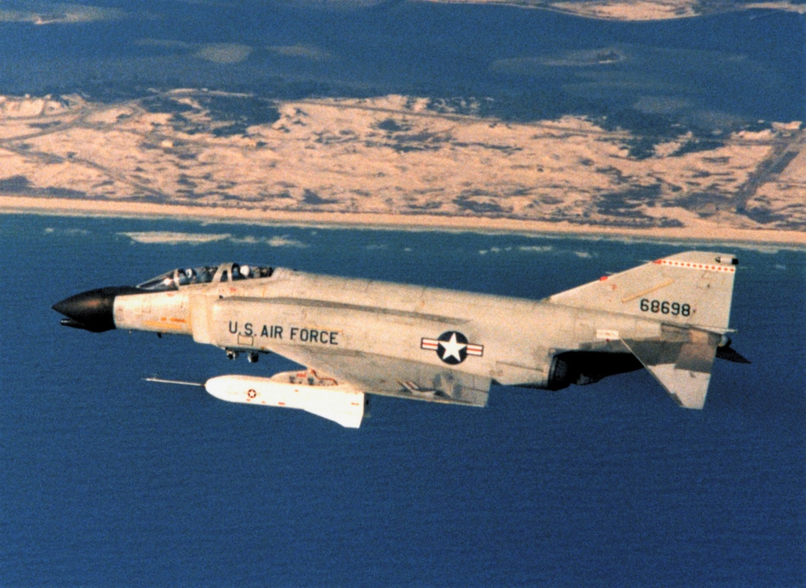 Meet the F-4 Phantom: The Old American Fighter Jet That Won't Go Away
