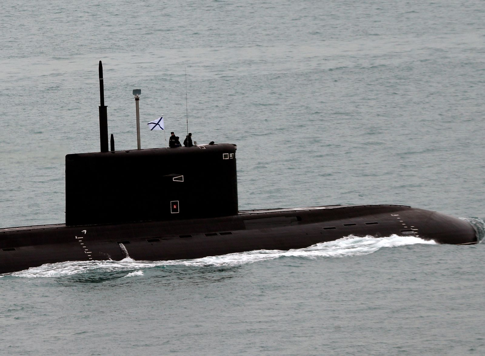 Putin's Secret Weapon: Russia's 200 Knot Supercavitating Torpedoes