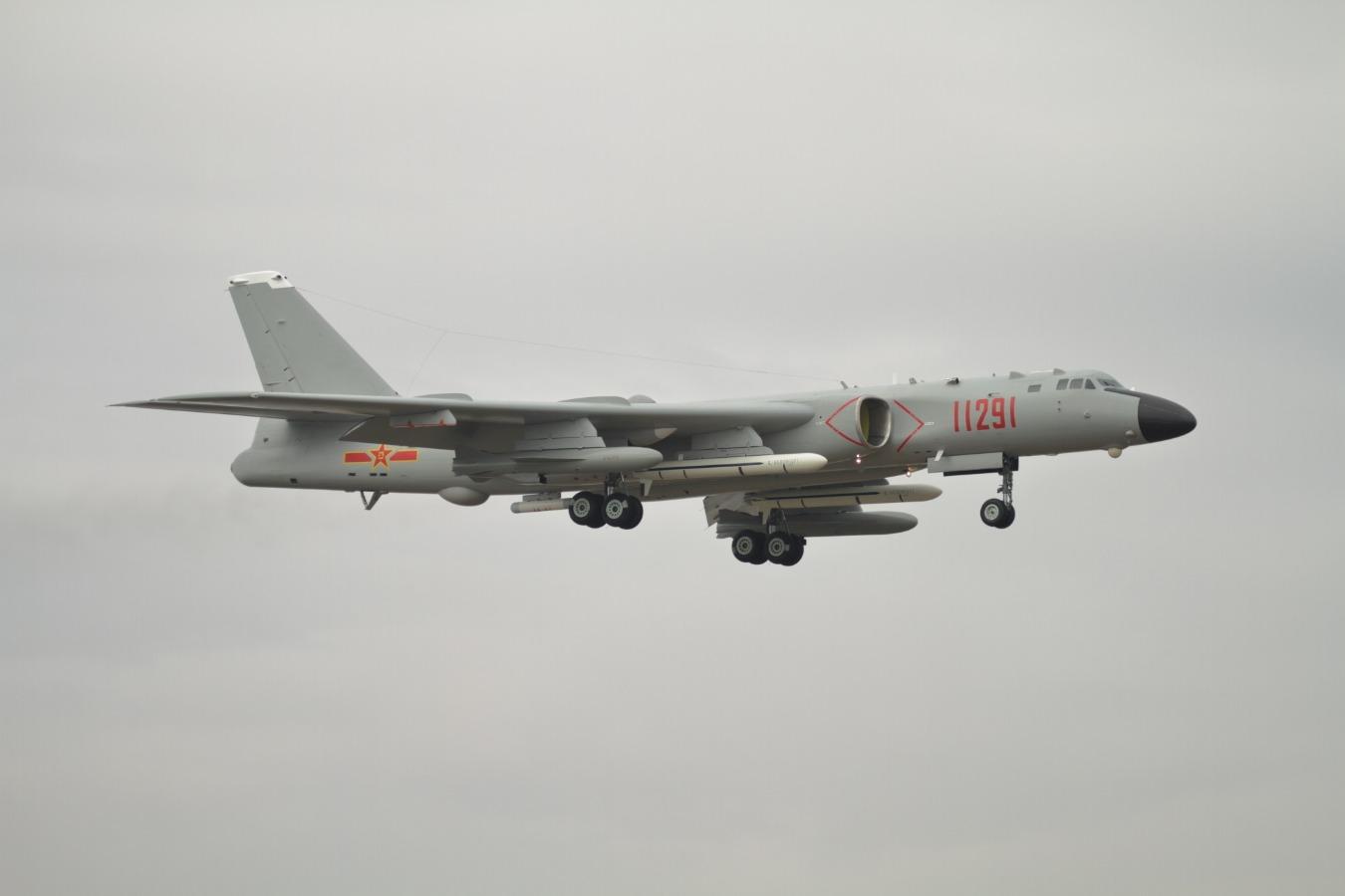 A China tem seu próprio bombardeiro pesado B-52, ou mais ou menos isso