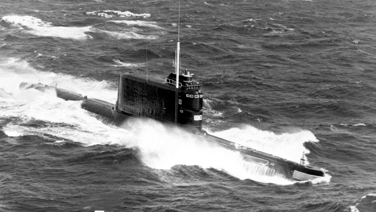 When This Soviet Submarine Sank, The CIA Was There To Pick Up The
