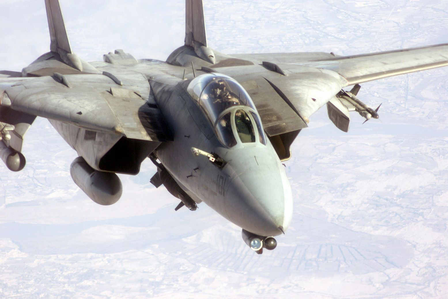 """The Forgotten Backstory to """"Top Gun"""" and the F-14"""