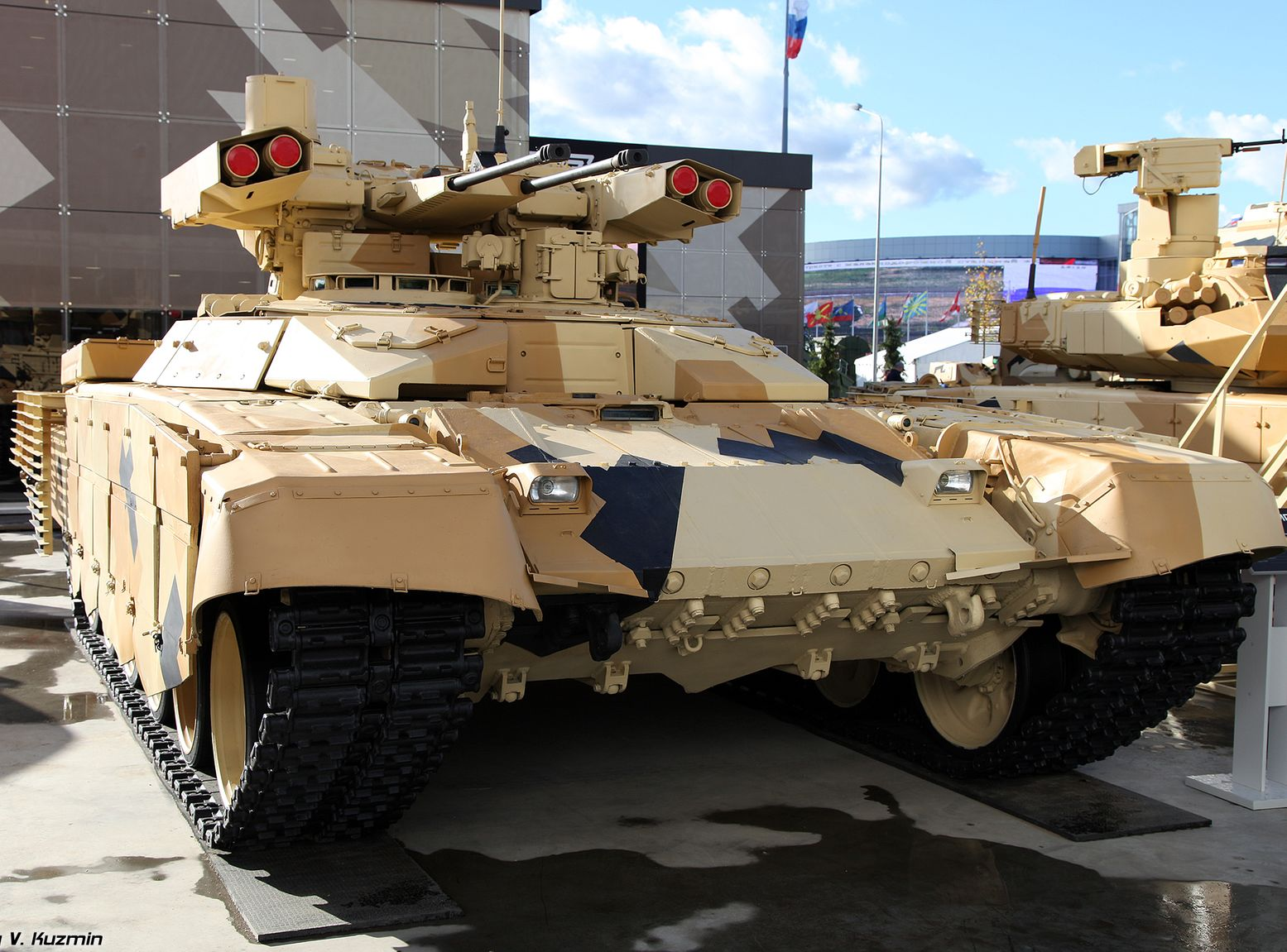 """Check out Russia's Deadly """"Terminator"""" Tank That Was Built for Urban"""