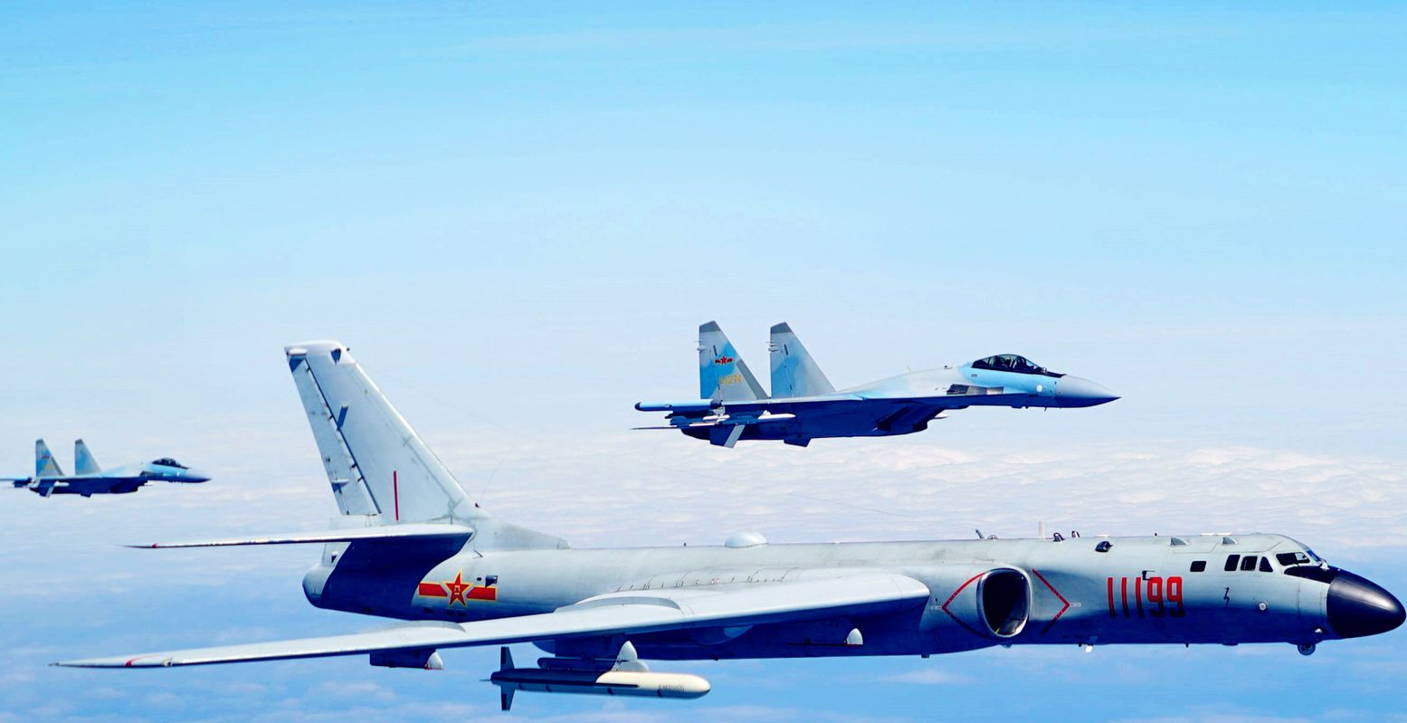 This Picture Is the Air Force's Nightmare: China's Air Force Has the