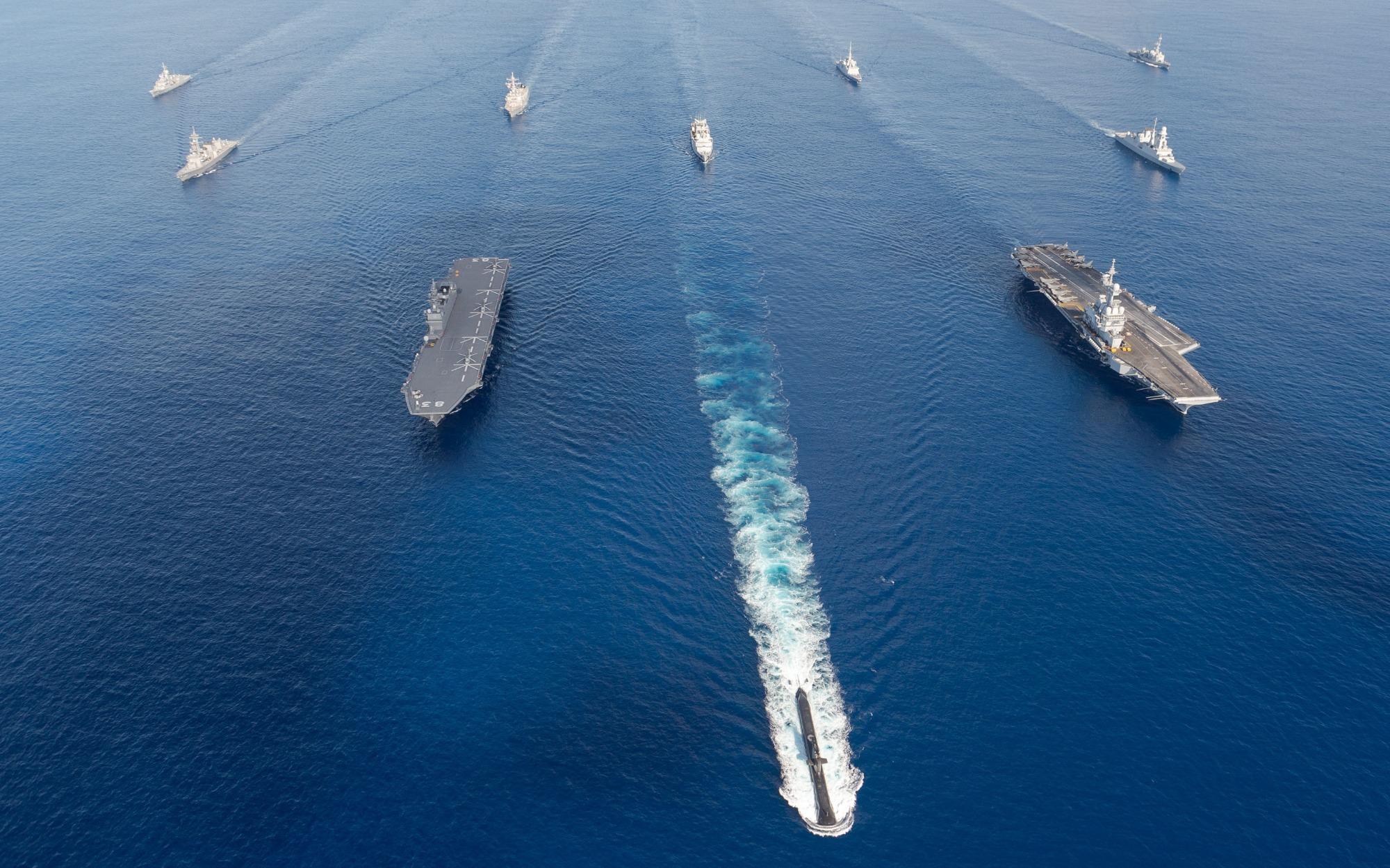 """Hybrid"" Fleets: The Future of Naval Warfare?"