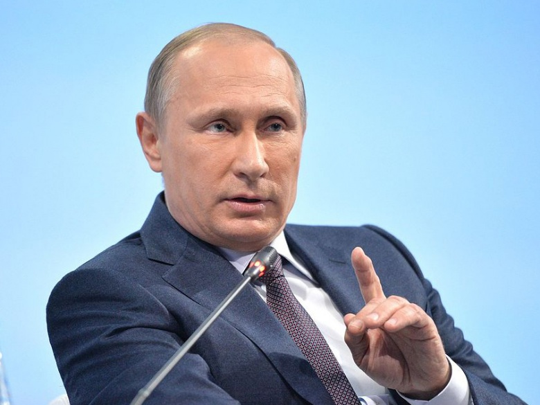 Why Is America Restarting the Cold War With Russia?