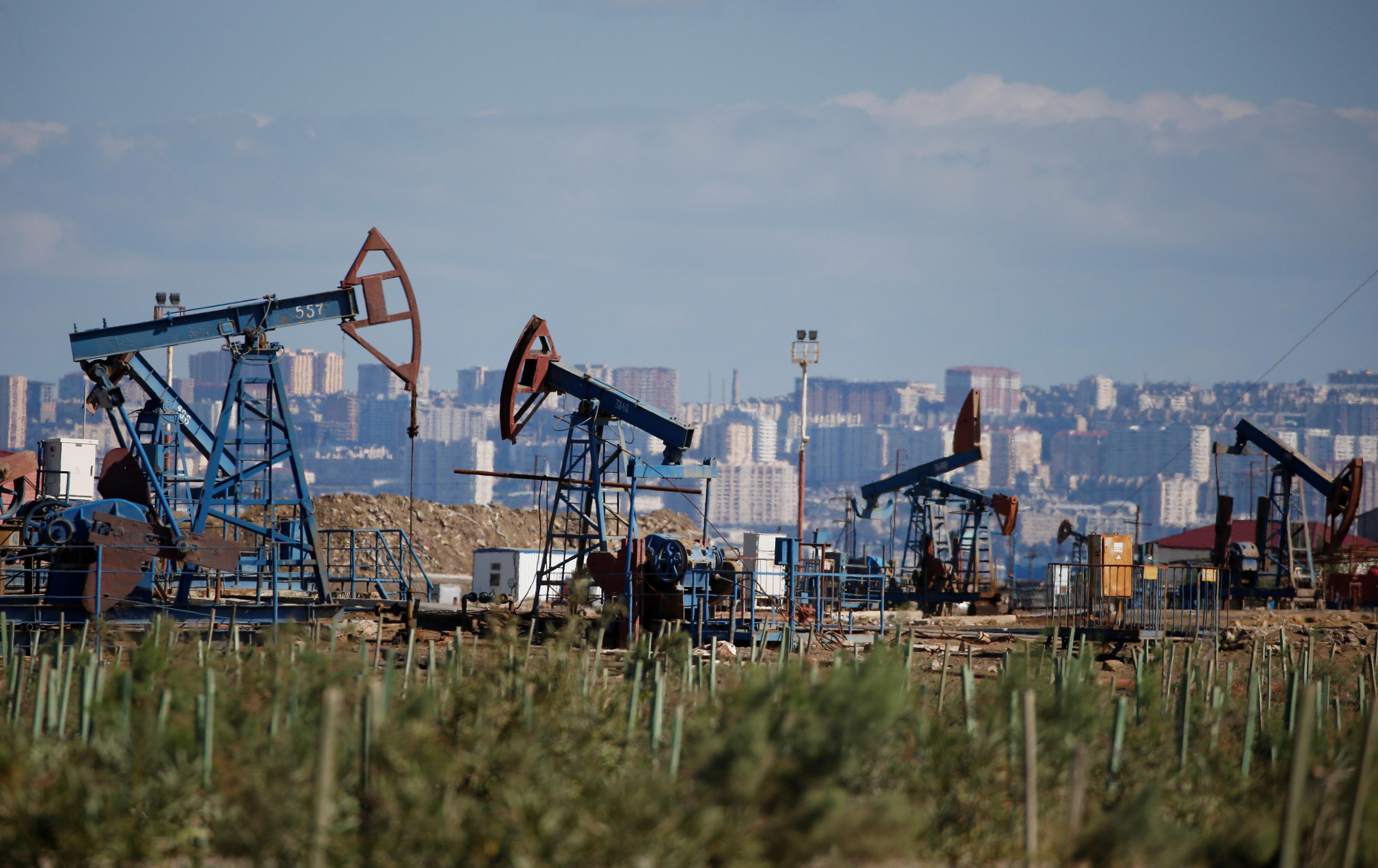 A Trans-Caspian Gas Pipeline: Start Small but Aim Big