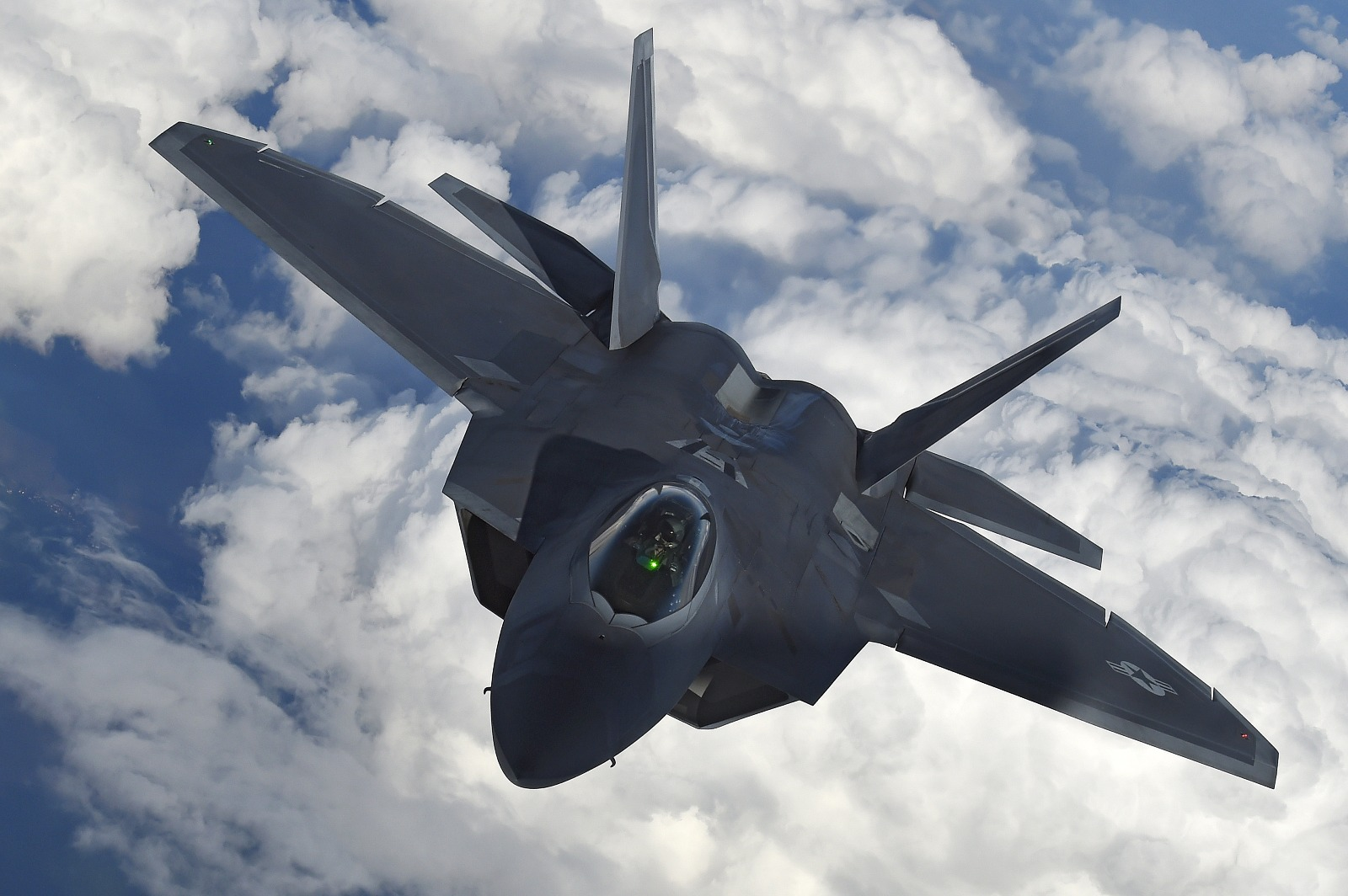 Surprise! An Iranian F-4 Pilot Never Saw a Stealth F-22 Fly Under Him