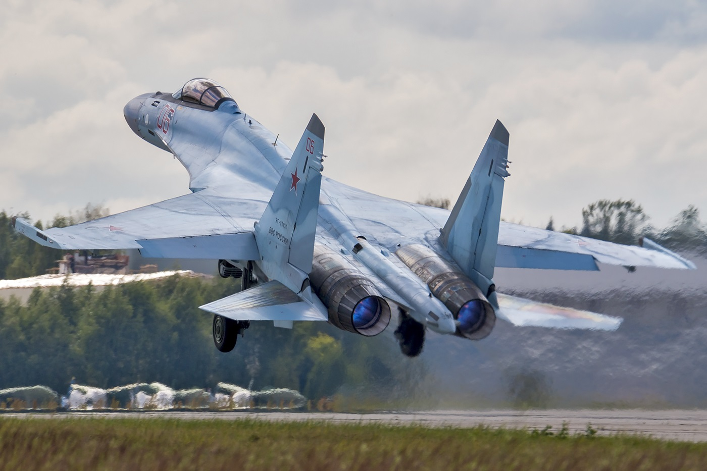 This Video Says It All: Russia's Su-35 Fighter Might Be Too Successful for Its Own Good