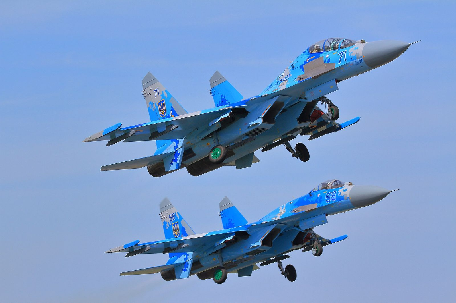 Russia's Su-27 Fighter: NATO Hates This Jet (And For Good Reasons)