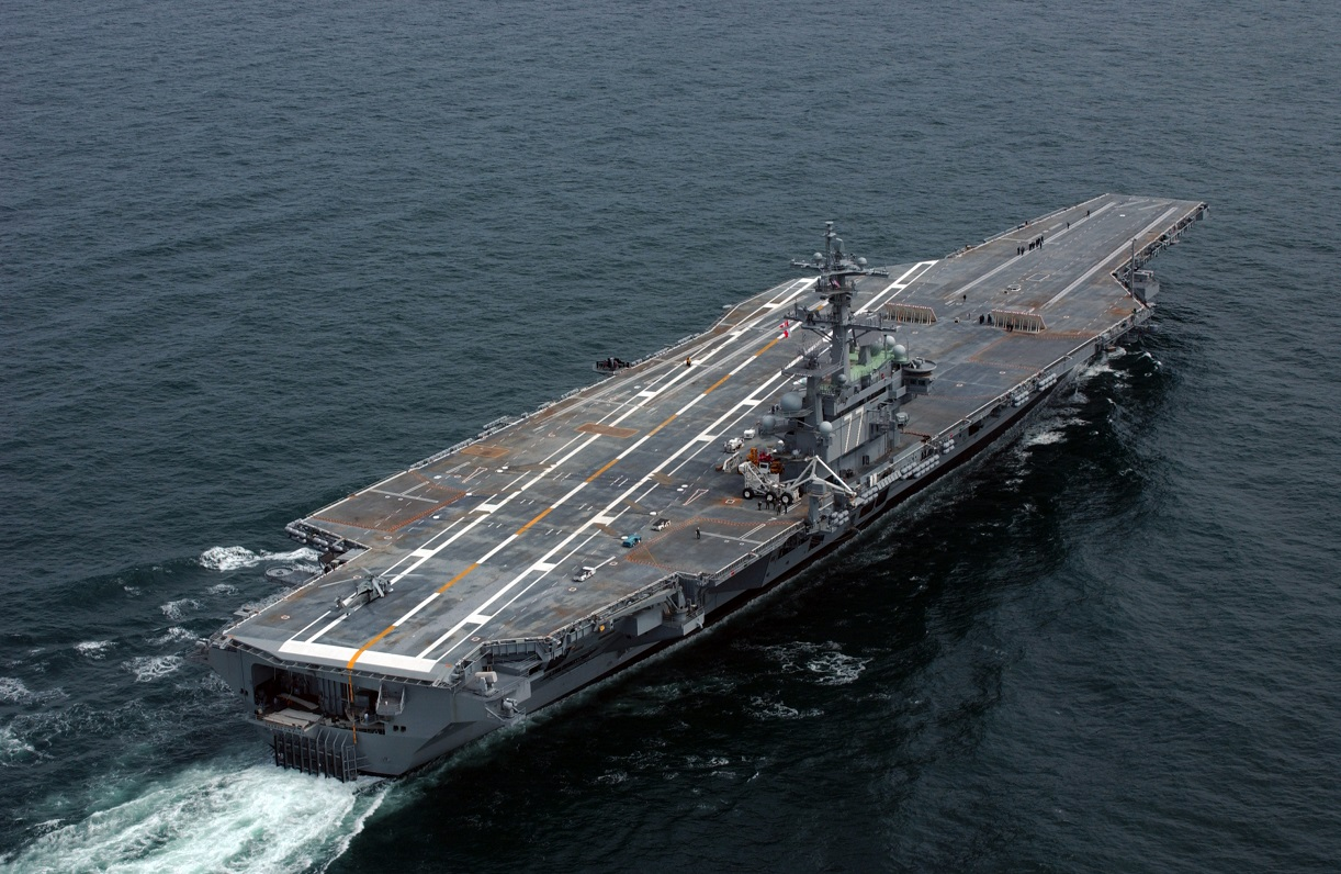 Not Worth the Steel: 5 Worst Aircraft Carriers to Ever Hit ...
