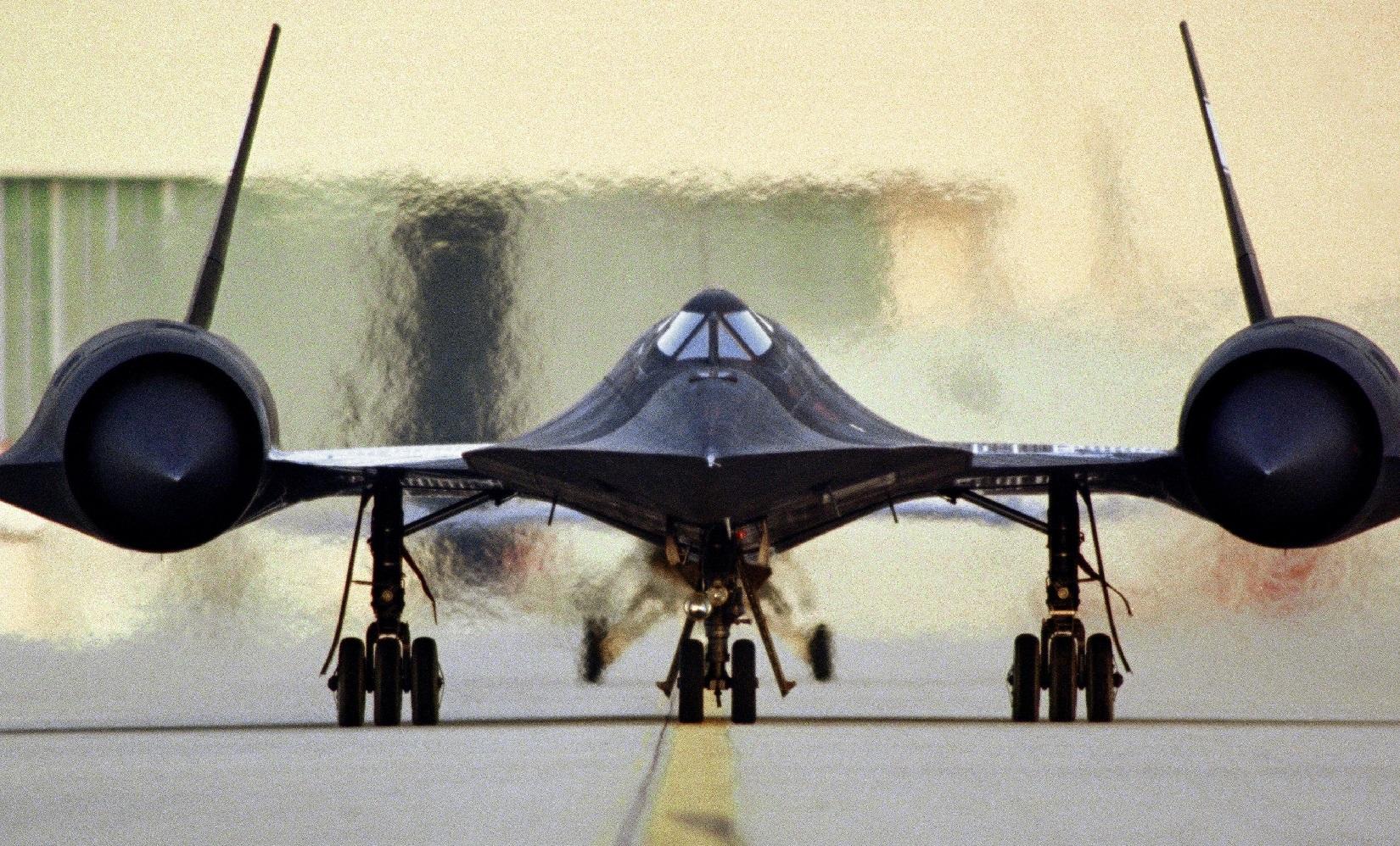 When North Korea Tried to Shoot Down a Mach 3 SR-71 Spy Plane (And Failed)