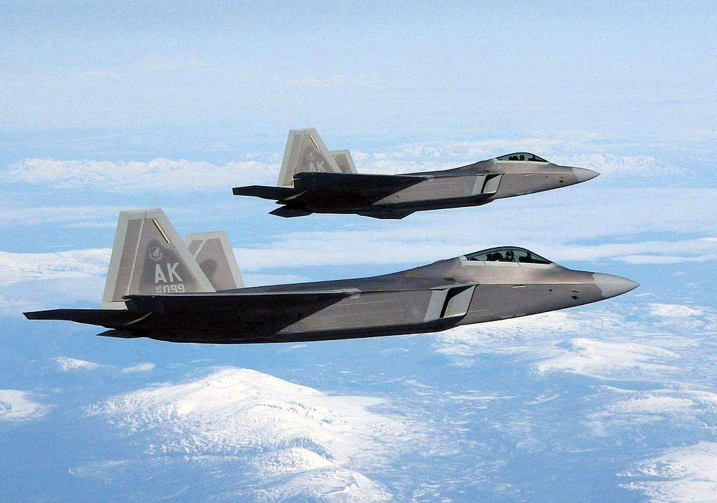 How the U.S. F-22 and F-35s Made China's Air Force Great Again