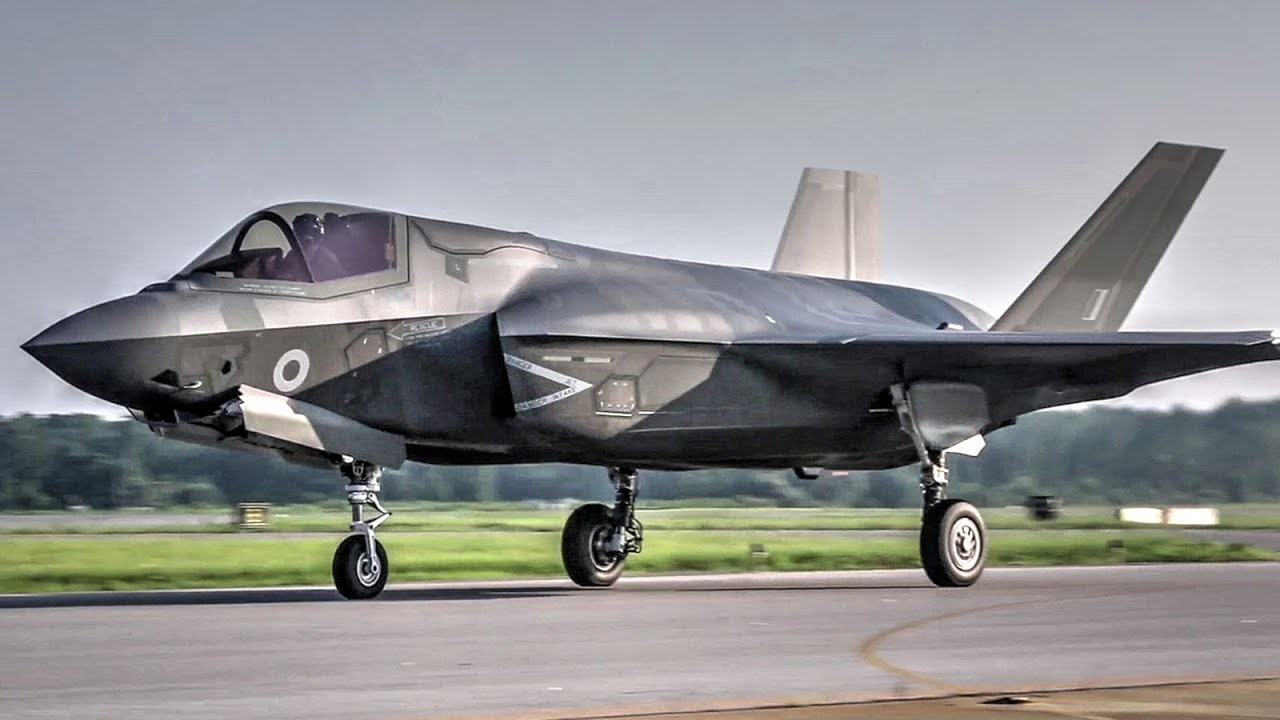 Watch This F-35 Stealth Fighter Go Vertical Right After Take-Off