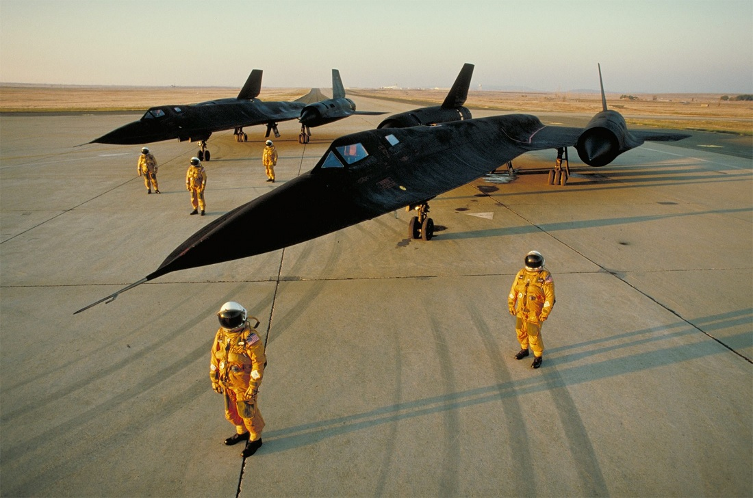SR-71 Blackbird Pilot Tells Us What It's Like to Apply to Fly the