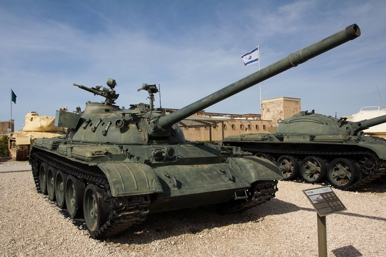 The 61-Year-Old 'AK-47' of Tanks: Russia's T-54s and T-55s Keep