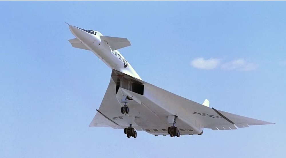 XB-70 Valkyrie: Why Didn't America Build This Mach 3 Monster