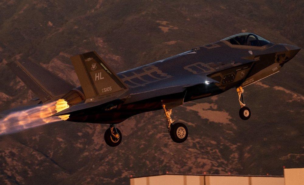 Hay Tiger F-5 para rato:¿Por qué los F-5 superan a los F-16 para el último contrato de agresor comercial de la Marina? 190820-F-OD616-1012