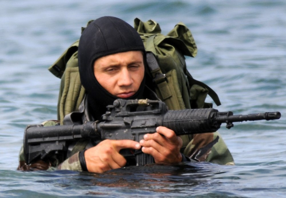 Imagine This: The Navy SEALs Might Get Their Own Submarines | The