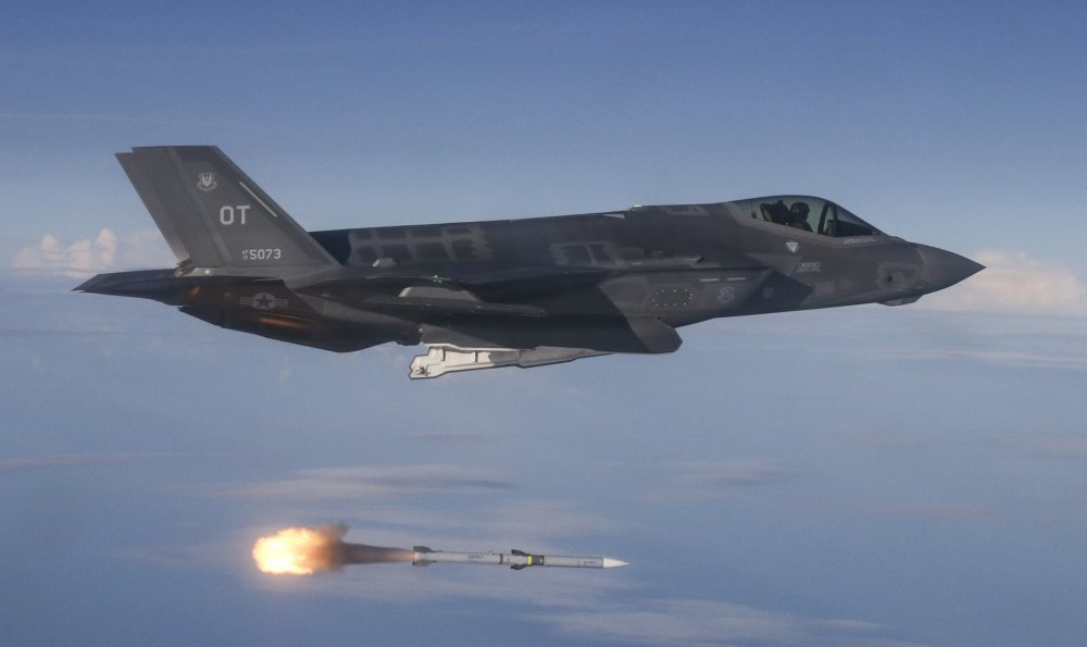 The F-35's Real Enemy: Introducing the Air Force's New Boeing F-15X