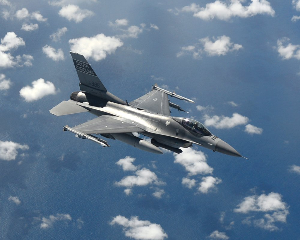 The F-16 Falcon: The Fighter Jet That Won't Just Go Away