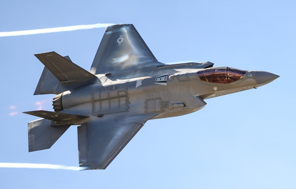 Report: Poland Will be Getting the F-35  Here's Why That's