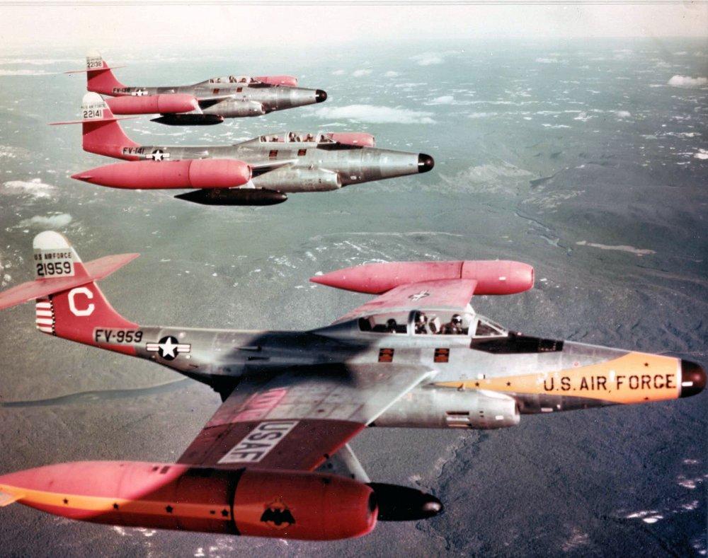 Northrop F-89 Scorpion: o primeiro caça  armado com mísseis nucleares