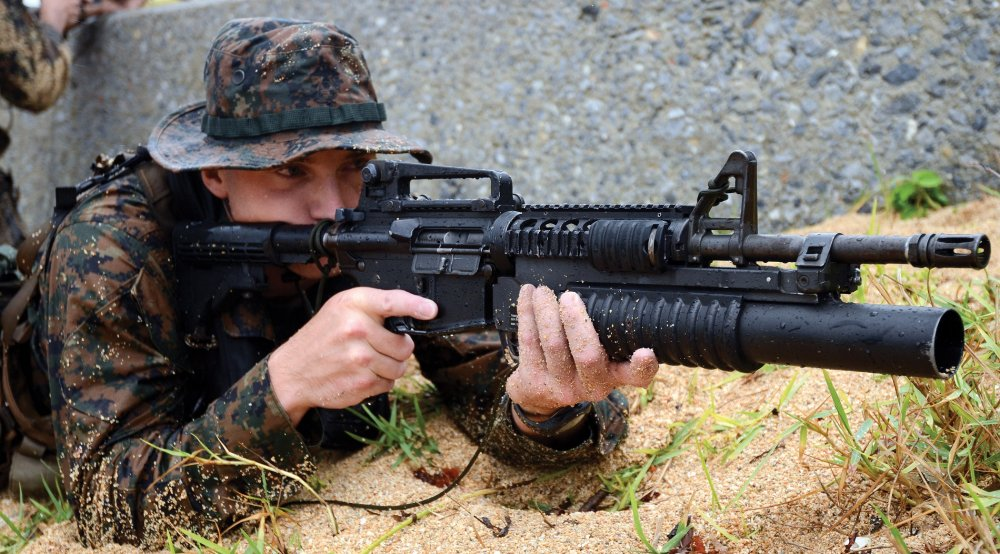 The U S  Army Must Replace the Old M4 Carbine  What Would Make the