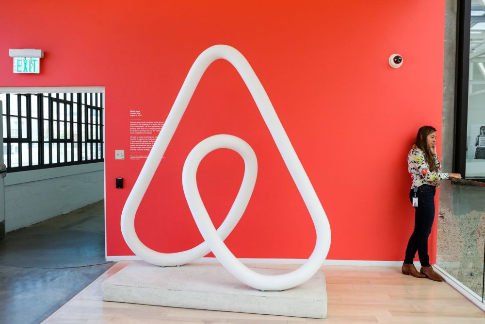 Is Airbnb Really a Threat to Hotels? Here Is What the Data