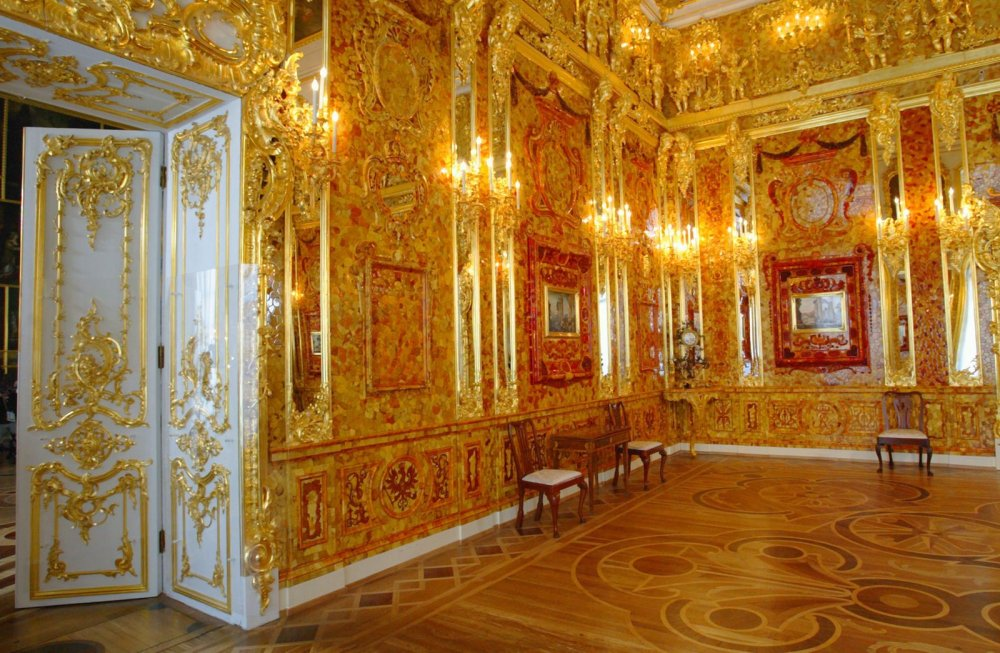 The Eighth Wonder of the World -  The Amber room