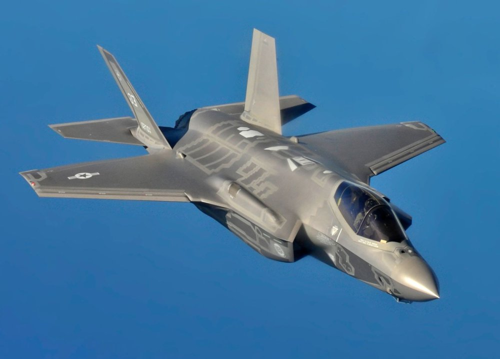 Out of Range: Why China's J-20 Might Have the Tools to Kill