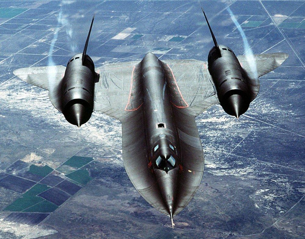 Hero's Goodbye: The Emotional Video of the Final SR-71 Spy