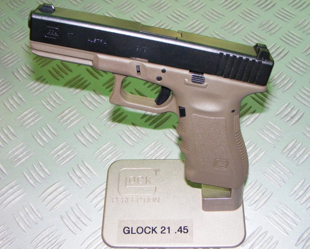 Why There Is Nothing Like the Glock 21 | The National Interest
