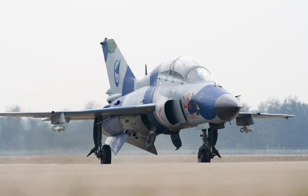 China's FTC-2000G Lightweight Multirole Combat Aircraft Has