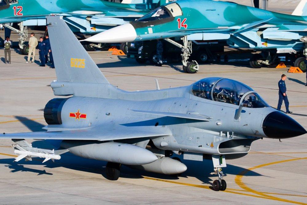 Caza pesado, caza ligero J-10