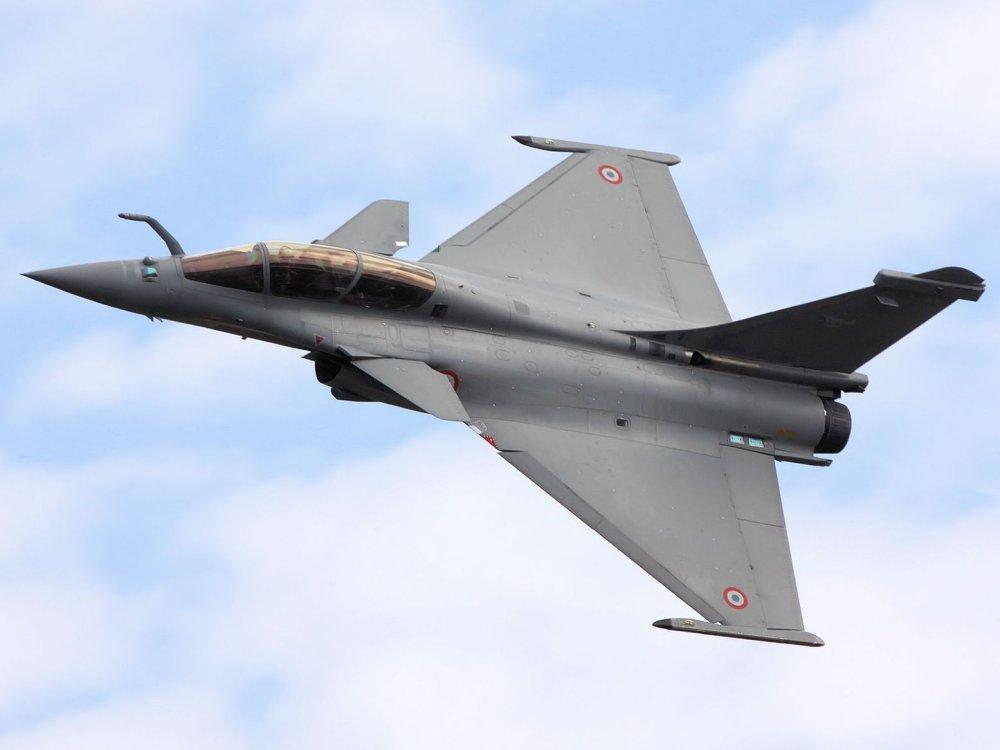 مقاتلات Rafale F4.2 شبحيه : ولكنها تظل ذات قدرات اقل من F-35 K56%20%281%29