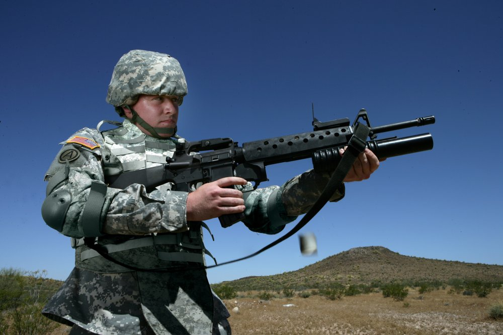 Meet the M203 Grenade Launcher: The U S  Army and Marine Corps