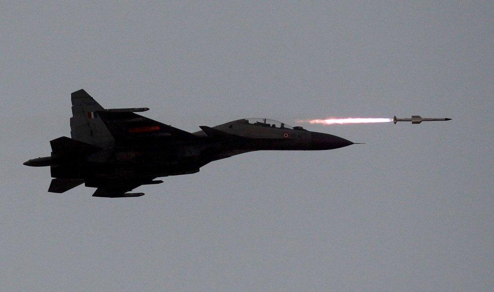 El deficiente mantenimiento en la India provoca caida de sus mejores aviones M94%20%281%29