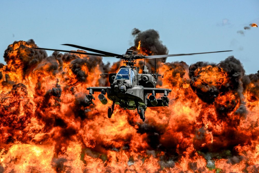 This Cool Photo Shows an Army AH-64D Attack Helicopter
