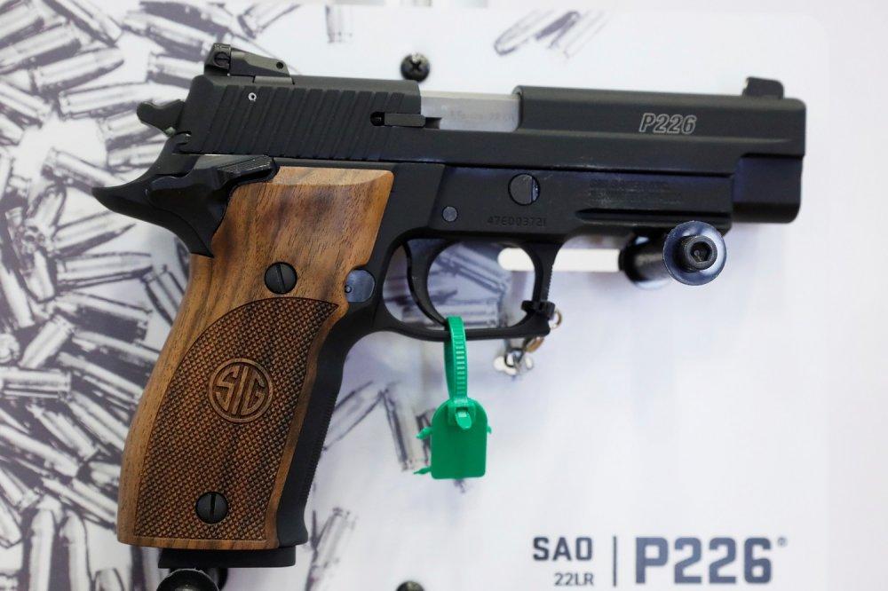 Meet the 5 Best Handguns, Shotguns and Military Rifles on