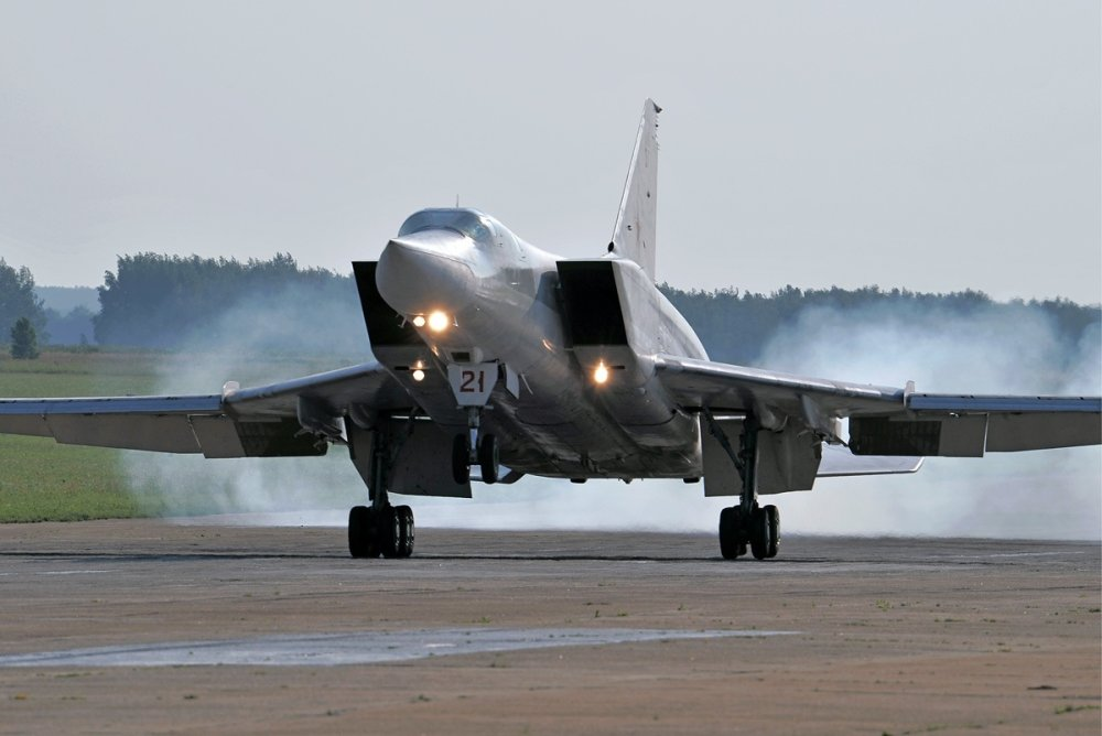 Russia's New Tu-22M3M Bomber Has Arrived (Armed with Some