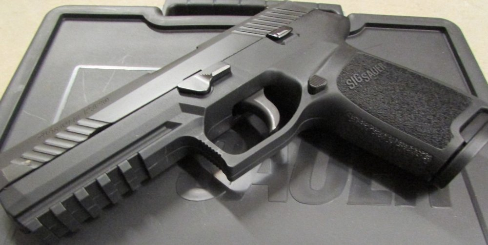 Introducing the Sig Sauer P-320 X-Carry: Super Gun or Paper