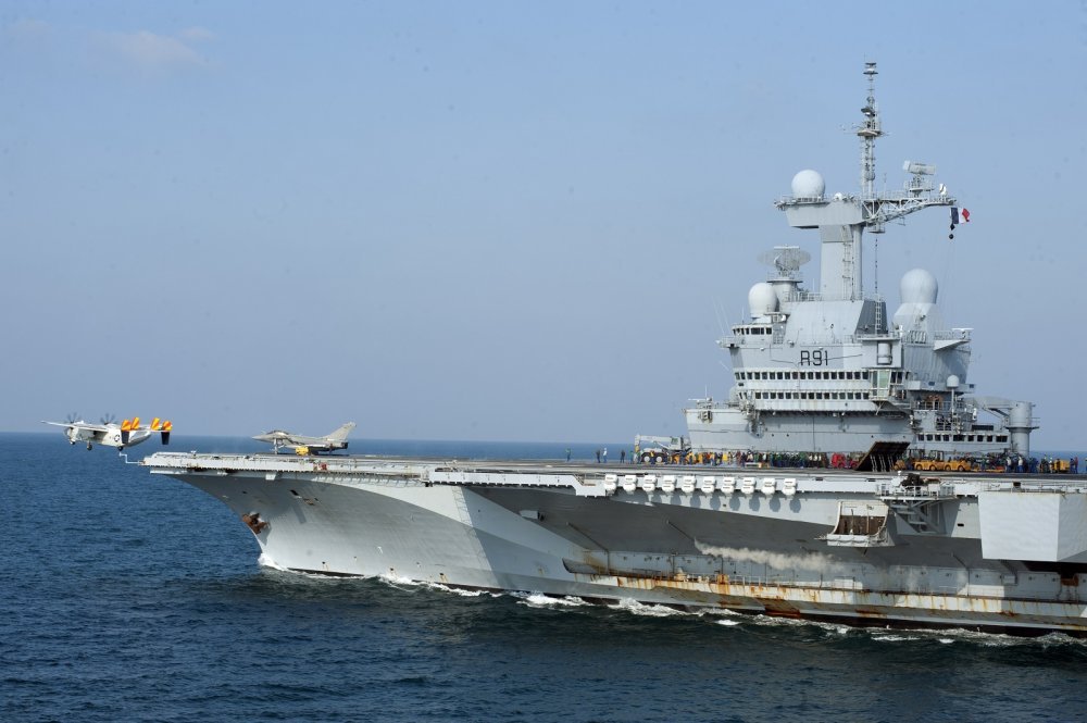 France's Only Aircraft Carrier Is Back in Action (And Headed