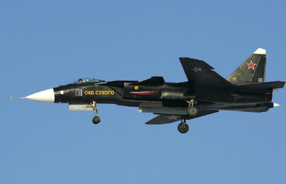 Saiba porque o Su-47, apesar de sua excelente manobrabilidade, não foi produzido em série