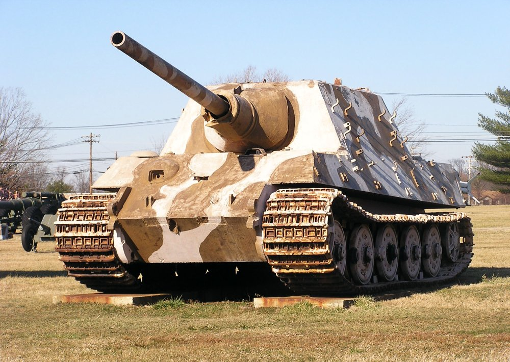 Hitler's Monstrous 'Jagdtiger' Tank Destroyers Were a Colossal