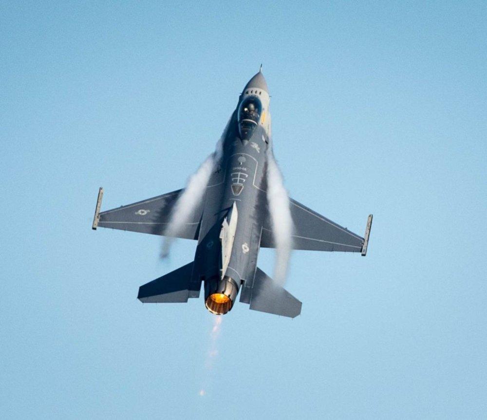 U S  Air Force F-35s, F-15s and F-16s Might Soon Have Laser