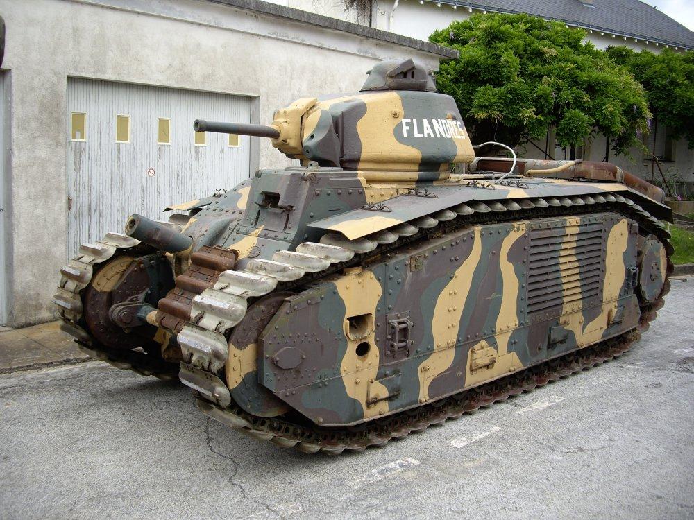 France's Monstrous Char B1 Tank Ate Hitler's Best Tanks for