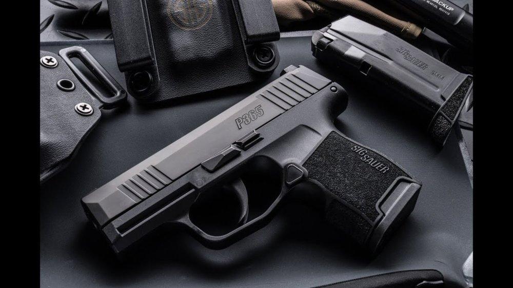 Sig Sauer's P365XL Gun: Better than a Glock? | The National Interest